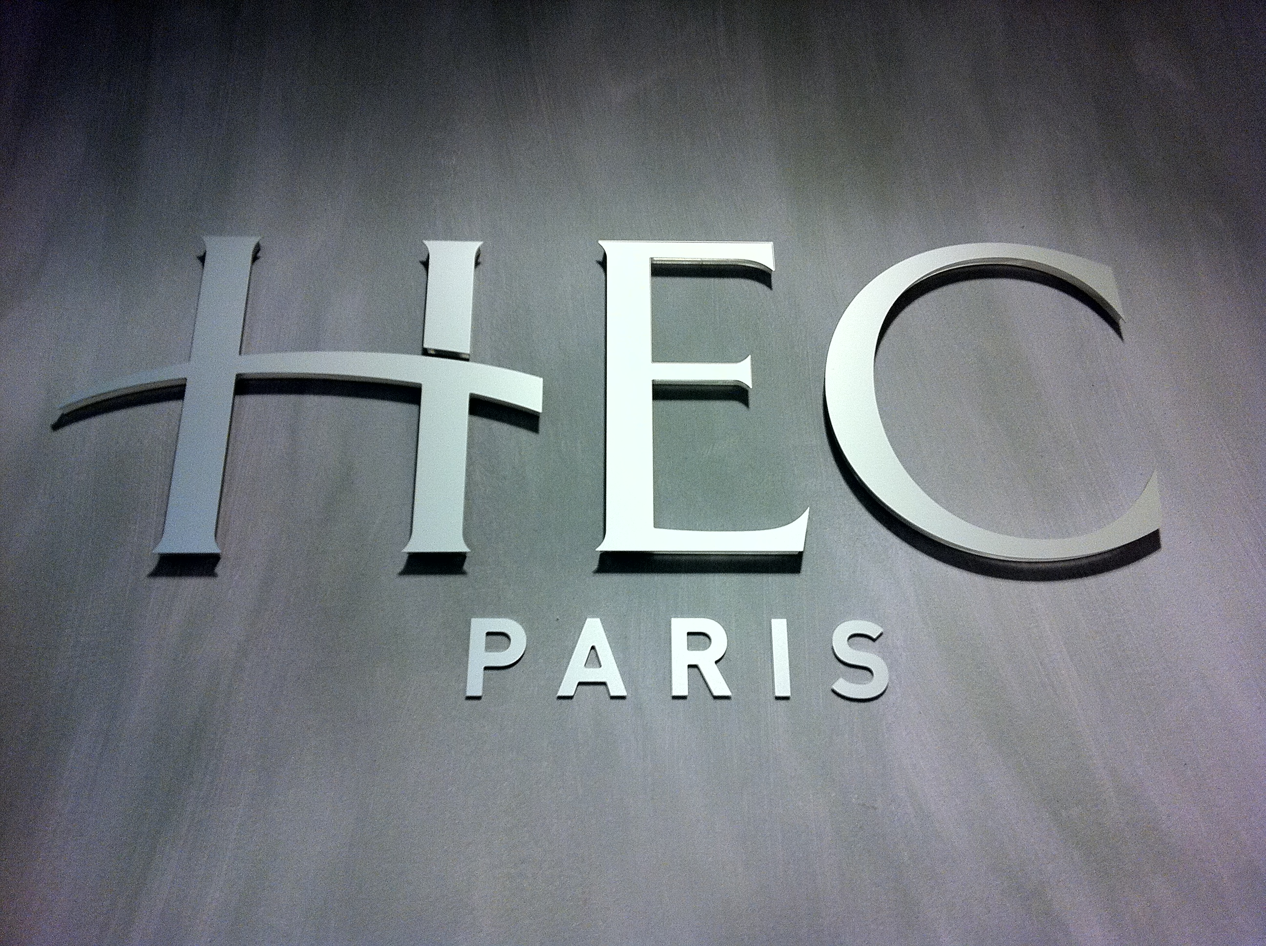 HEC Paris / source : http://www.mec-info.com/