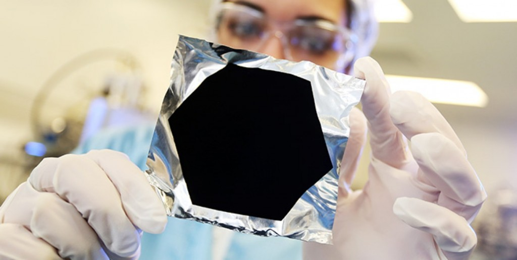 La couleur Vantablack / source : surreynanosystems.com