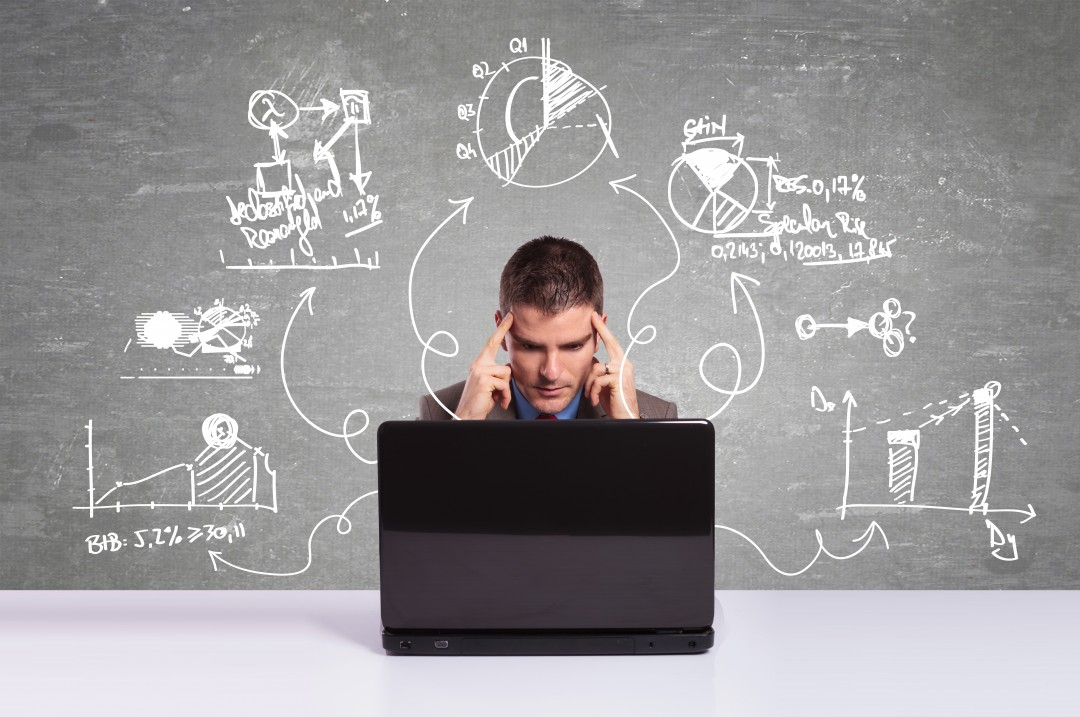 source : http://business2hungary.com/wp-content/uploads/2015/09/bigstock-Business-man-working-with-lapt-42571708.jpg
